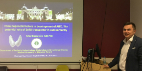 Professor Artur Bossowski gave a series of lectures at the Queen Mary University of London